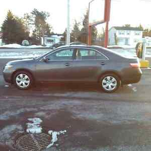 2009 Toyota Camry LE Sedan Only 105,000 kms