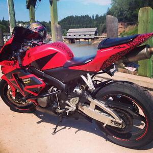 2005 CBR600RR