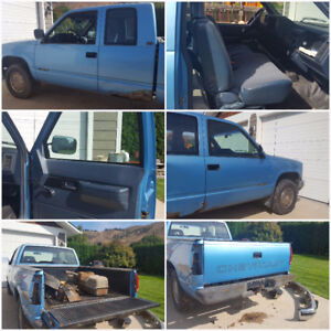 1992 Chevy 4x4 pick up - Parting out