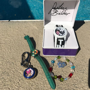 DISNEY COLLECTIBLE CHARACTER WATCHES TIGGER MINNIE MOUSE BIEBER