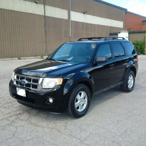 2010 Ford Escape XLT ALL WHEEL DRIVE  CERTIFIED AND EMISSIONS