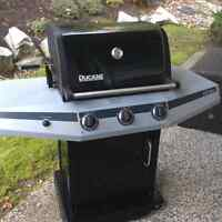 Great 3 burner BBQ. Propane.