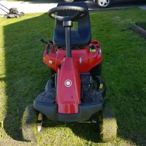 Troy Neighborhood lawn Rider 30 inch cut
