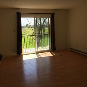 Quiet 2 bedroom condo unit for sale or rent