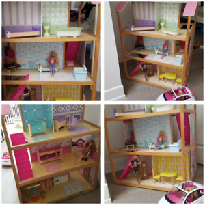 So Chic Doll House 10 unit with furniture