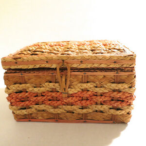 Lot Vintage Sewing Box Wicker Embroidery Thread / Floss Bobbin Kitchener / Waterloo Kitchener Area image 10