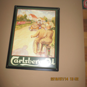 """Carlsberg Tin Beer Sign approx. 11"""" X 15"""" in excellent condition"""