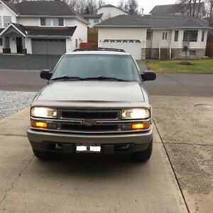 Very low 106,000km 2004 Chevrolet Blazer SUV, Crossover Prince George British Columbia image 1