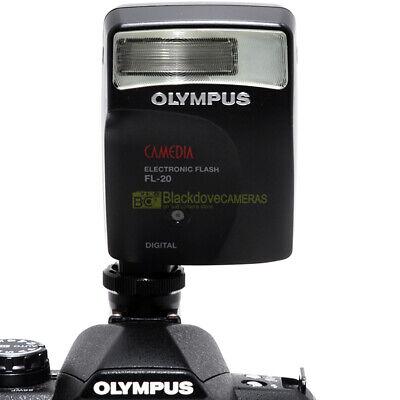 Flash Olympus Camedia FL-20 per fotocamere digitali bridge e reflex 4/3.