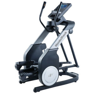 NordicTrack FreeStride Trainer FS7i Elliptical - demo unit