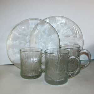 $10 - 5pcs.  Arcoroc Canterbury Crocus Clear Glass Plates Mugs
