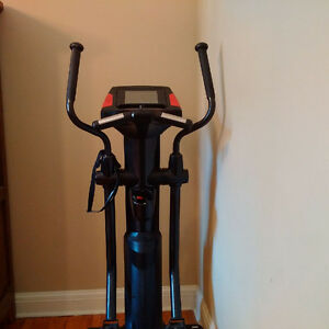 $4500 Smooth Fitness SME-CE-80LC Smooth Elliptical (Black) Peterborough Peterborough Area image 5