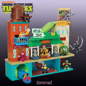 Turtles Half-Shell Heroes Super Sewer Head Quarters with Mikey