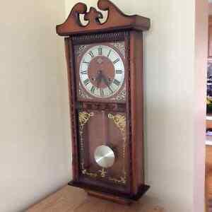Horloge de style grand-pere Saguenay Saguenay-Lac-Saint-Jean image 2