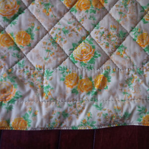 Beautiful Quilted Bedspread / Quilt Kitchener / Waterloo Kitchener Area image 3