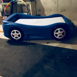 Children's race car bed with mattress, for sale