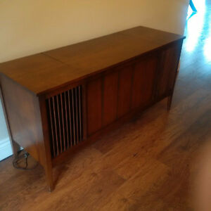 Antique 1960's Stereo Console Unit **FREE**