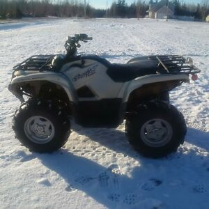 2012 Grizzly Special Edition - loaded with low km