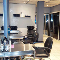 LOOKING for commissioned stylist or chair renter - modern salon