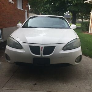 2004 Pontiac Grand Prix Sedan London Ontario image 1