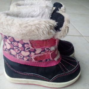 Girls Winter Boots - toddler size 8