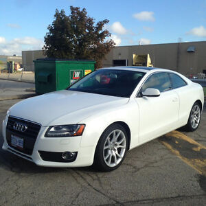 2010 Audi A5 Coupe White leather interior