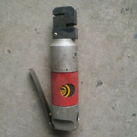Air punch flange metal crimper