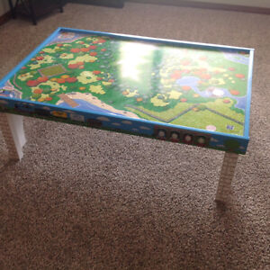 Thomas the train table with top