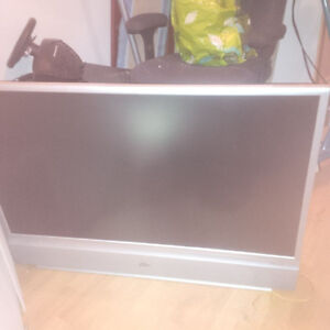 42 inch LCD projection TV