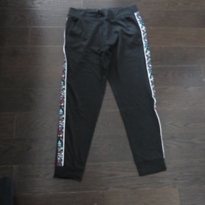 Ladies Black PINK Ultimate Joggers Size Large