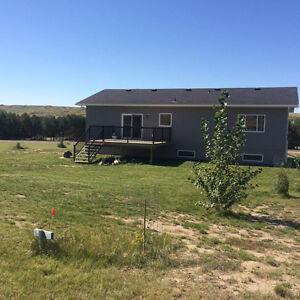 AMAZING NEW HOME AT BUFFALO POUND LAKE Moose Jaw Regina Area image 10