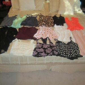 BRAND NAME WOMEN'S CLOTHING : SIZE SMALL