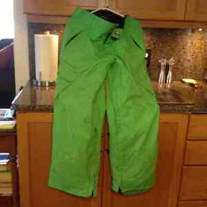 3 PAIRS OF GENTLY USED MENS SNOWBOARD PANTS