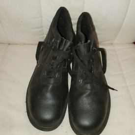 Men's leather work boots size 9 - PPE