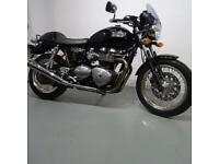 TRIUMPH THRUXTON 865. STUNNING CONDITION. STAFFORD MOTORCYCLES LIMITED
