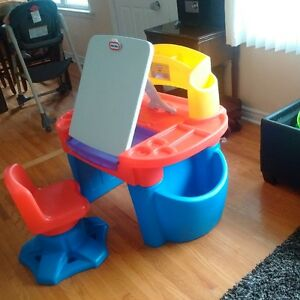 little tikes desk with easel