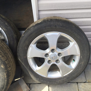 KIA FORTE MAGS WITH SUMMER TIRES 205 55 16