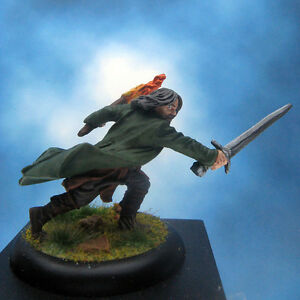 Painted-Games-Workshop-LOTR-Miniature-Aragorn