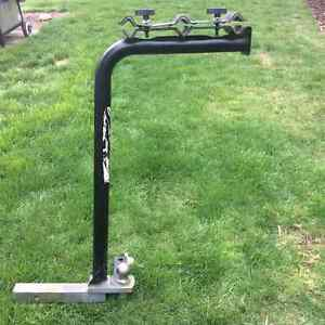 Trailer hitch/bike carrier