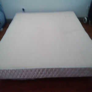 Queen size mattress, box spring and metal frame