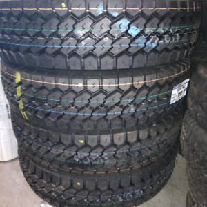 11R22.5 Toyo drive tires