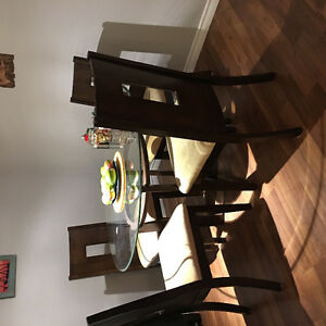 Espresso Dining Set in Mint condition