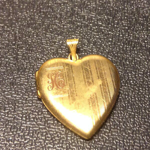 Photo Smooth Heart Locket Pendant Charm Necklace