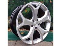 "18"" Focus ST Style 2 Alloys on Tyres"