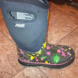 Bogs boots for girls - size 3 Kitchener / Waterloo Kitchener Area image 2