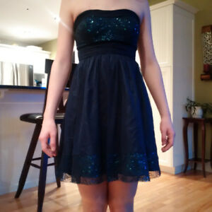 Short cocktail dress suitable for prom/semi/formal event