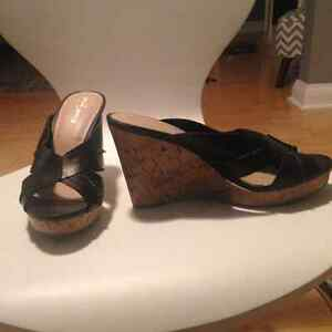 Black mossimo wedges