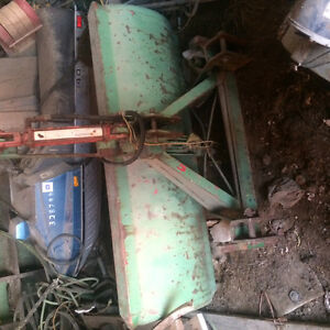 3 point hitch bucket