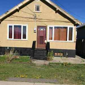 Great starter home in Crowsnest Pass