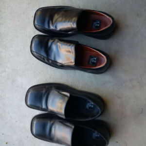 Kids Dress Shoes - size 3